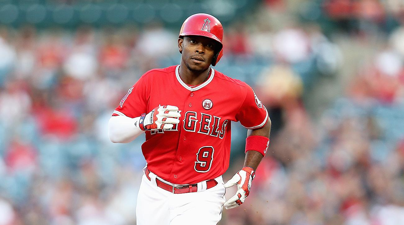 angels-sign-justin-upton-hot-stove