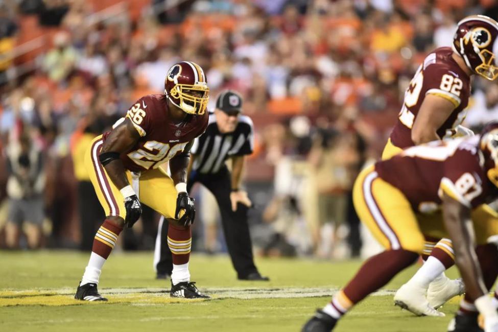 Adrian-Peterson-impressive-in-Washington-Redskins-debut